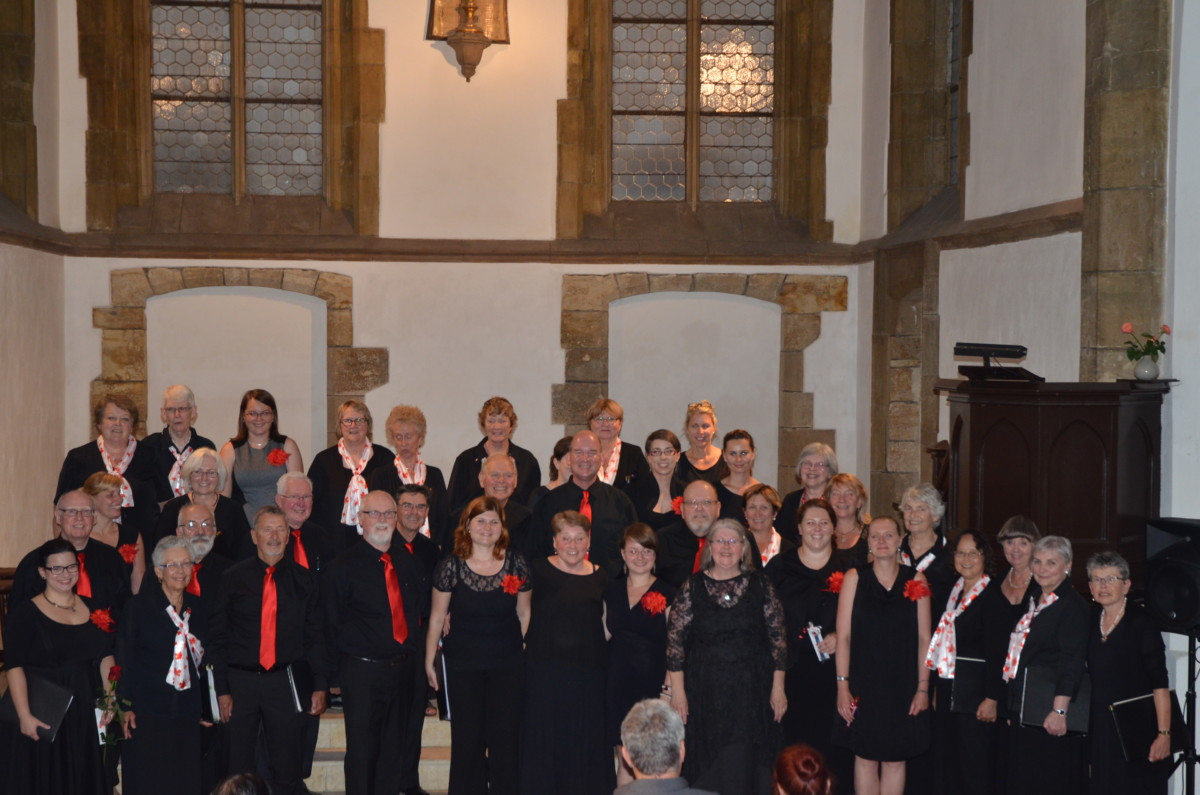Combined GJS and Catarina choir in St Martin on the Wall in Prague - Photo by Keith Lindsey
